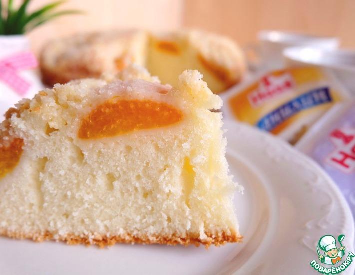 Рецепт: Пирог с абрикосами в лимонной глазури