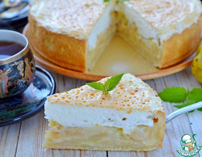 Рецепт: Сливочно-грушевый пирог с суфле