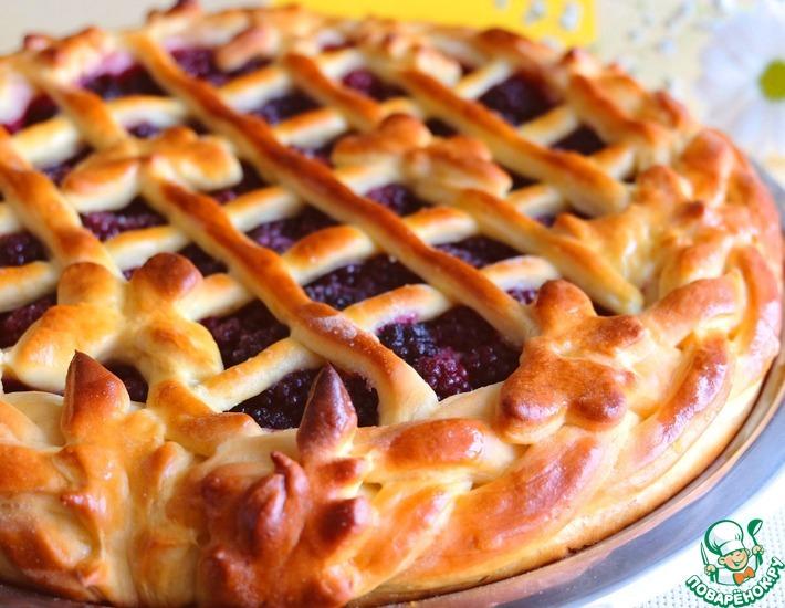 Рецепт: Домашний пирог с ежевикой