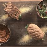 Бургеры со скумбрией и соусом сальса