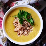 Овощной суп-пюре с жареной перловкой