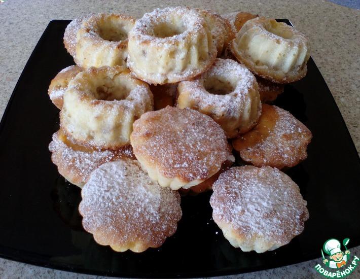 Рецепт: Ореховые сырники с яблоками в духовке