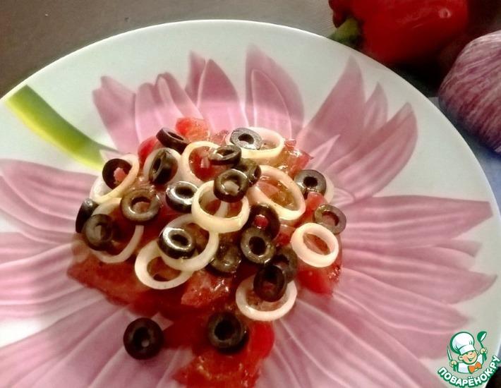 Рецепт: Салат из прессованных помидоров
