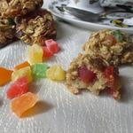 Овсяное печенье с изюмом и цукатами