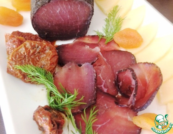 Рецепт: Домашнее вяленое мясо Брезаола