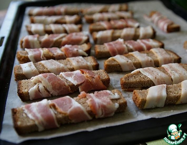 Рецепт: Сухари с беконом