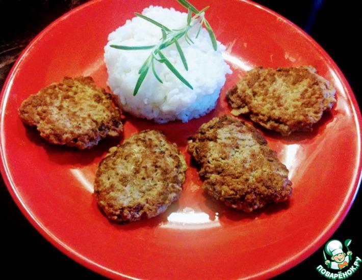 Рецепт: Котлеты из куриной печени и фарша