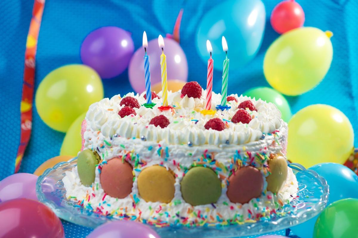 Каким должен быть праздничный торт
