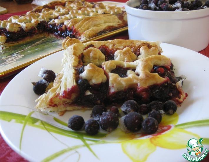 Рецепт: Пирог с ягодно-свекольной начинкой