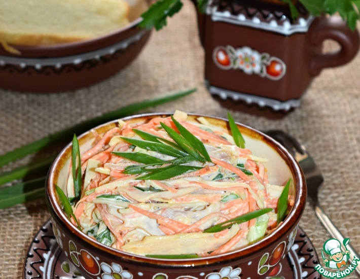 Рецепт: Овощной салат с копченой курицей Любимый