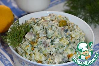 Рецепт: Картофельный салат с сельдью Простой