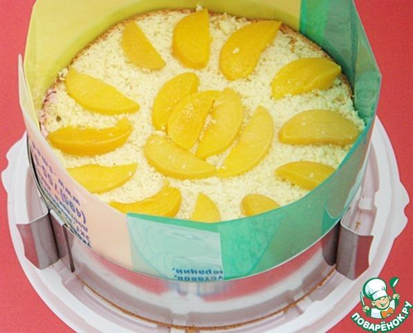 Малиново-персиковый торт с творожным кремом