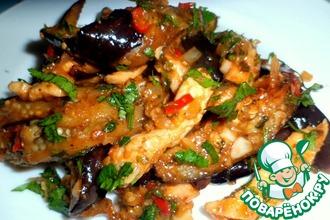 Рецепт: Баклажаны с куриной грудкой по-китайски