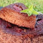 Португальский клубничный пирог с карамелью
