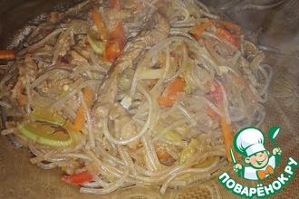 Рецепт: Фунчоза с мясом и овощами