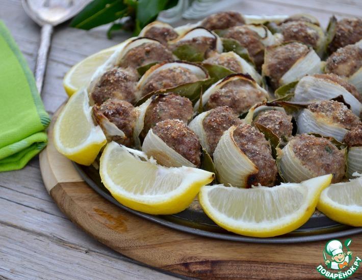 Рецепт: Тефтели с луком и лавровым листом