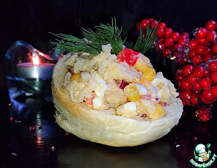 Рецепт: Кальмаровый салат Новогодний
