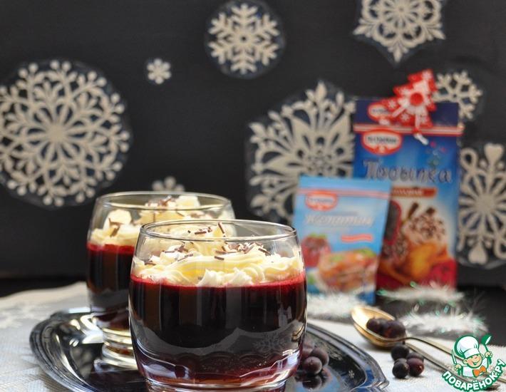 Рецепт: Желейный десерт Смородина со сливками