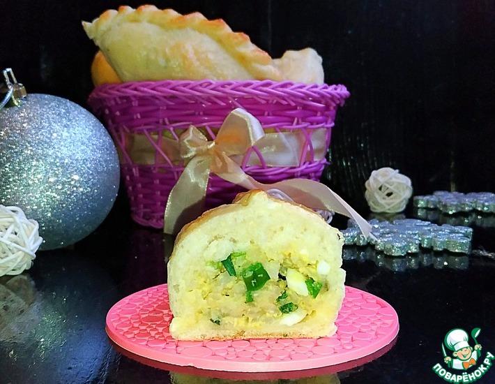 Рецепт: Пирожки с рисом и яйцом Застольные