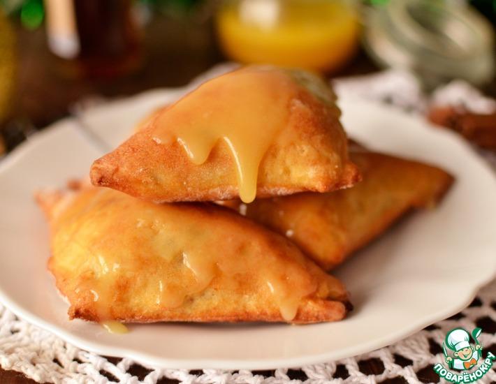 Рецепт: Яблочные пирожки с коньяком