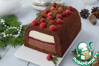 Рецепт: Торт с муссом и малиновым конфи