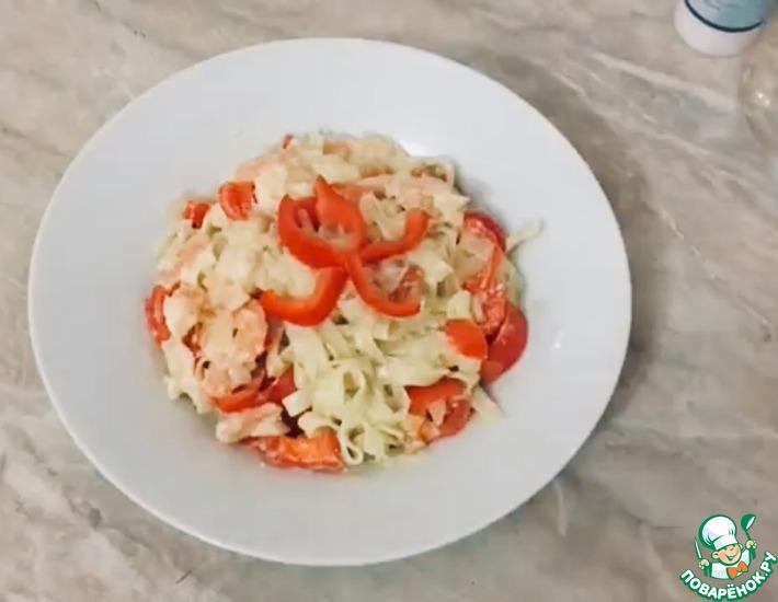 Рецепт: Паста с креветками и болгарским перцем