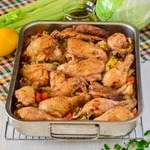 Курица, запеченная с овощами и рисом