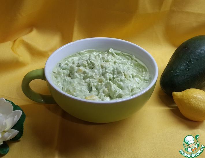 Рецепт: Мамин салат из авокадо