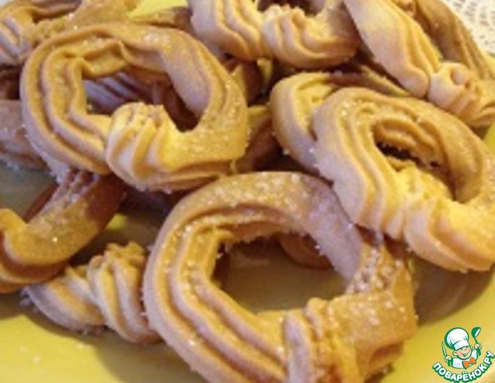 Рецепт: Песочное печенье Сахарные колечки