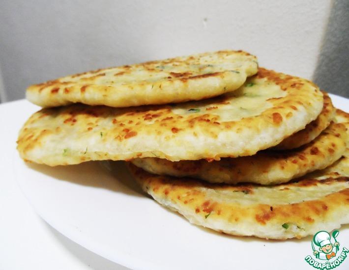 Рецепт: Сырные лепешки за 15 минут