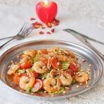 Теплый салат с креветками Паццо