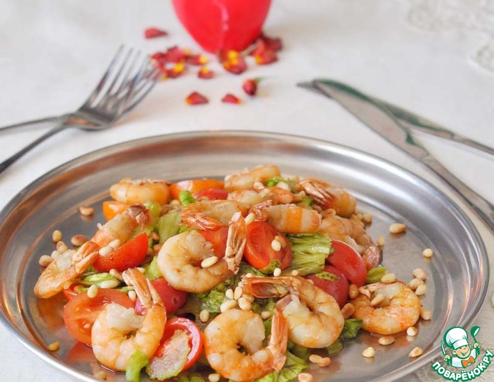 Рецепт: Теплый салат с креветками Паццо