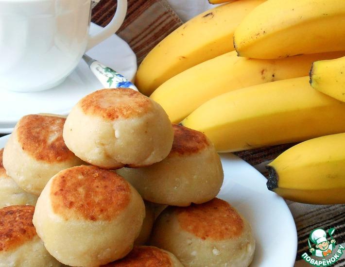 Рецепт: Творожные булочки с бананом и шоколадом