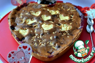 Рецепт: Пирог с ягодно-кремовой начинкой