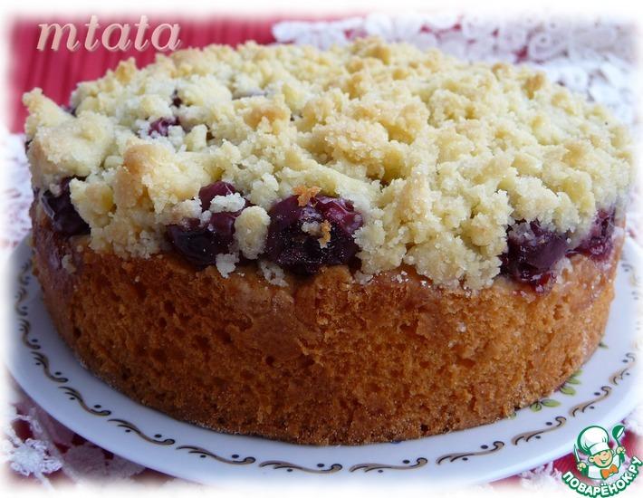 Рецепт: Пирог с вишней и штрейзелем