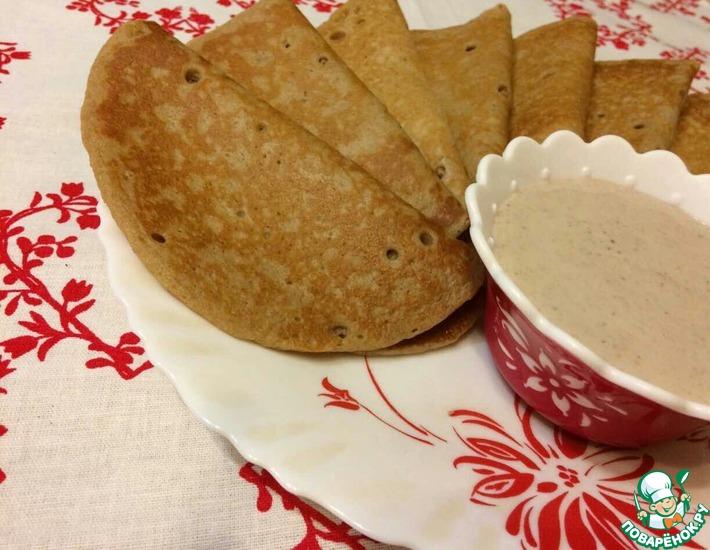 Рецепт: Полбовые блины с ореховым соусом