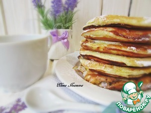 Ready pancake with melted butter. TM milieu and sprinkle with powdered sugar. You can invite loved ones to a delicious Breakfast!