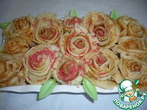 Ставим розочки на тарелку, украшаем дополнительно листочками. Эти розочки не только красивы, но замечательное сладкое и вкусное угощение к чаю.    Приятного аппетита!