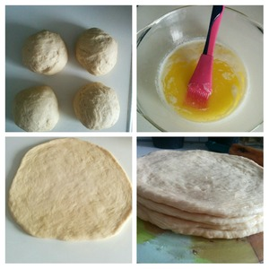 When the dough has doubled in volume, obtinem divided into 4 parts. The first part of the test roll with a diameter of about 23 cm and a thickness of 1 cm and brush with melted butter. The second part of the test the same way: roll out, grease with butter and put on top of the first. Similarly with the third and fourth.