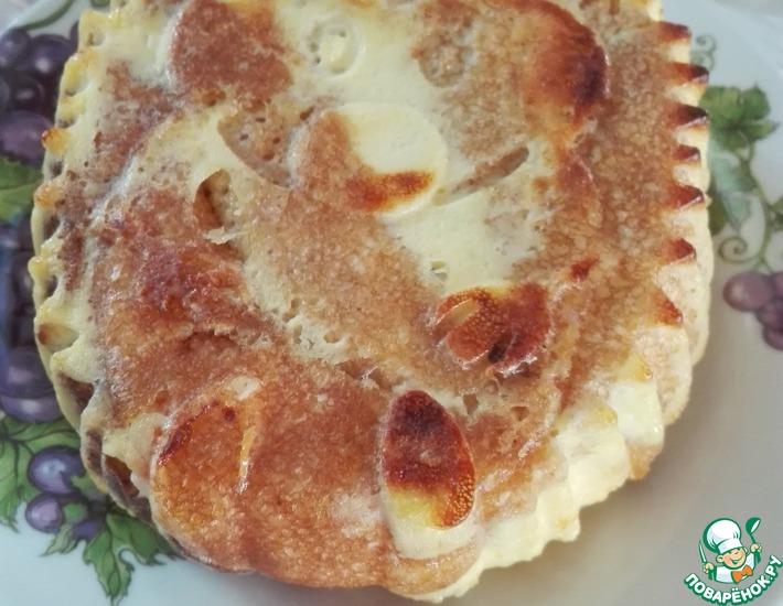 Рецепт: Блинный пирог с курагой и творогом