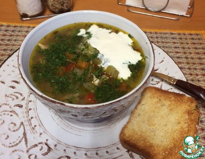 Рецепт: Куриный суп с булгуром и грибами