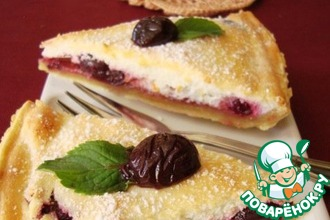 Рецепт: Пирог с творожным суфле и ягодами
