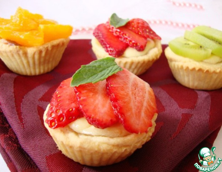 Рецепт: Корзиночки с творожным кремом и фруктами
