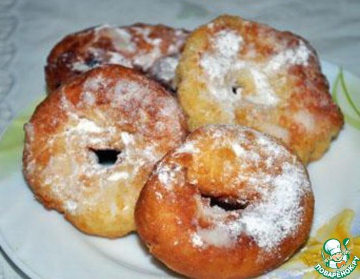 Рецепт: Кукурузные пончики с яблочным пюре
