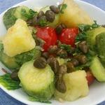 Теплый салат с вареными кабачками
