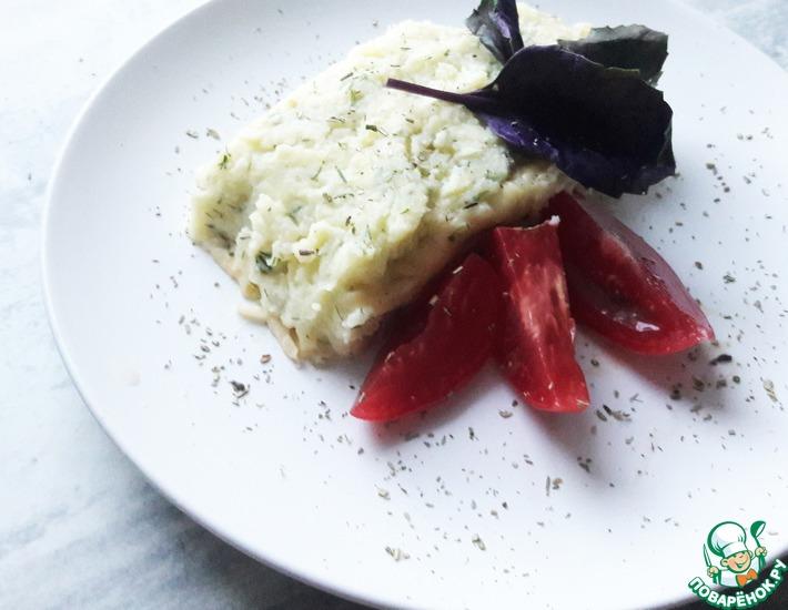 Рецепт: Картофельный рулет с колбасой и сыром