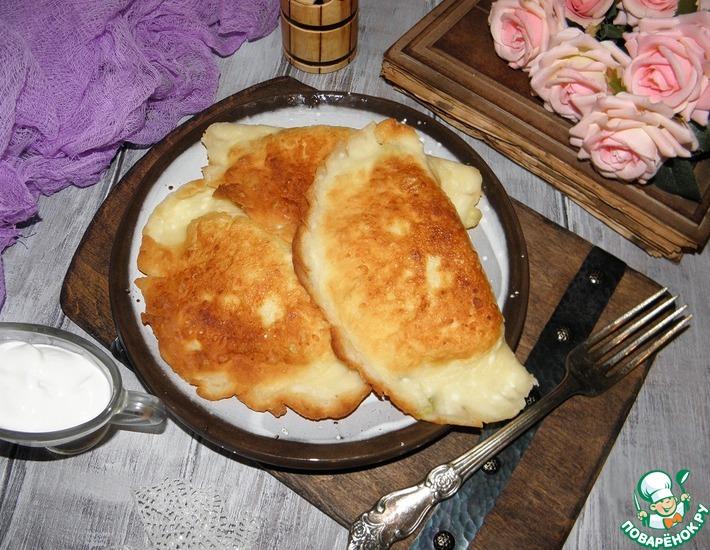 Рецепт: Сырники с зеленым луком и яйцом