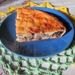 Заливной пирог с рыбой и грибами