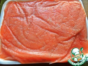 The Norwegian salmon I, sliced and frozen but quickly thawed. When you want the salty fish, I get it, and salted.