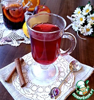 Fruit tea with spices